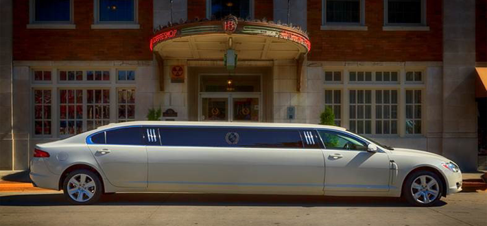 Hotel Bothwell Limousines - Jaguar XF 8 Passenger